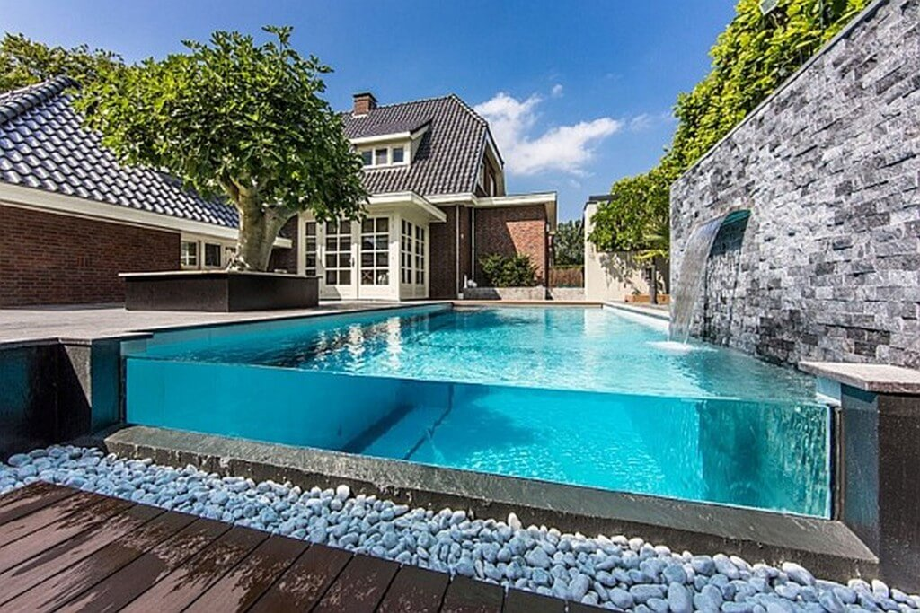 Modern Glass Style Pool For Frontyard And Backyard Design 1024x683