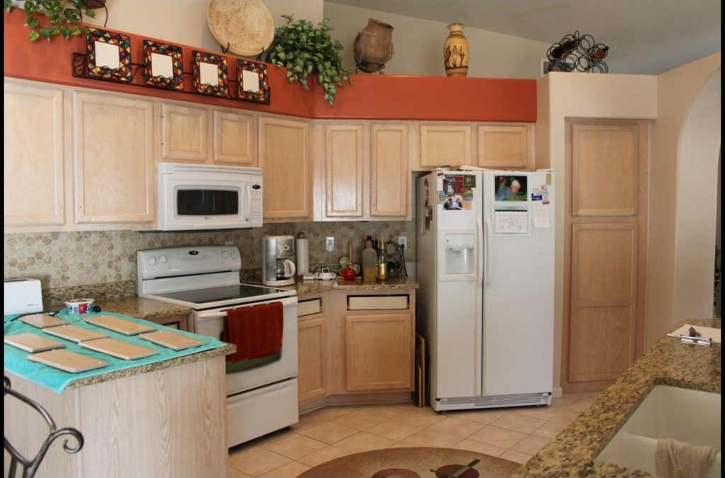 Best Ideas To Select Paint Color For A Small Kitchen To Make It Bigger My Home Decor Ideas