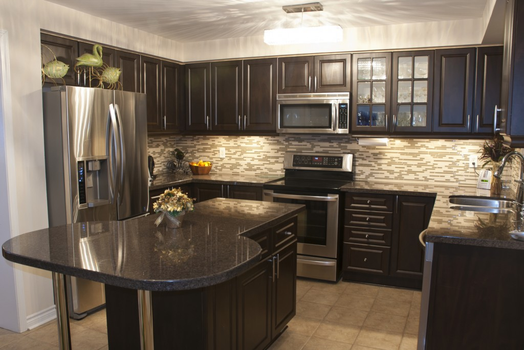 Dark Kitchen Cabinets With Wood Floors 1024x685