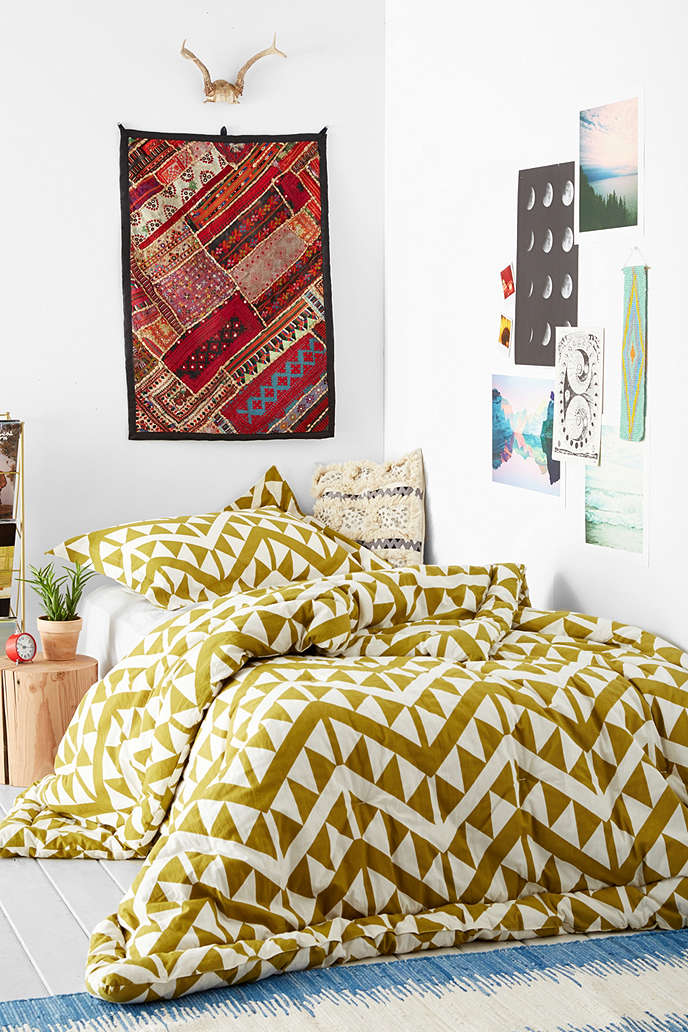 Magical Thinking Bedding King