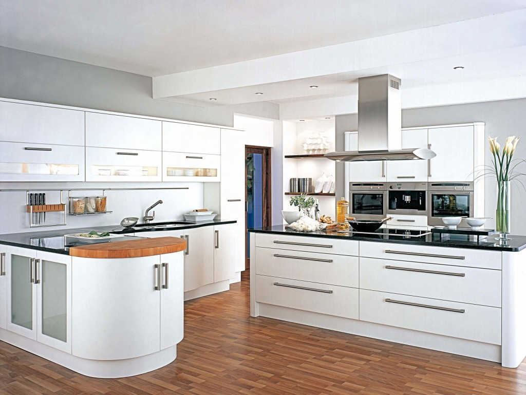 Painted White Kitchen Cabinets 1024x769