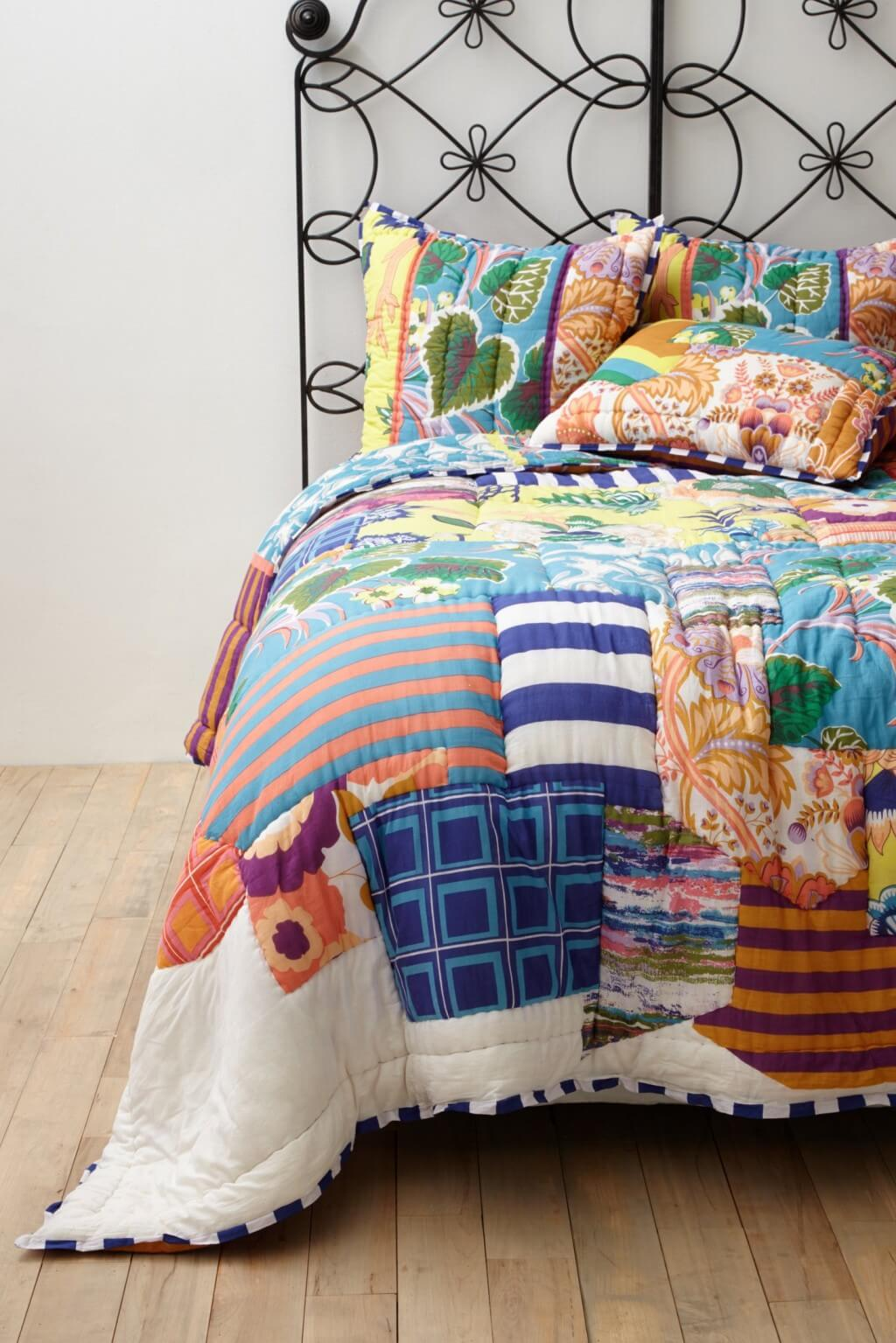 Urban Outfitters Magical Thinking Ophelia Medallion Comforter