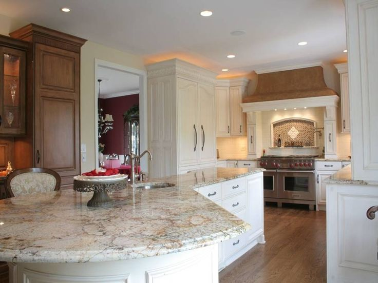 White Kitchens With Granite Countertops