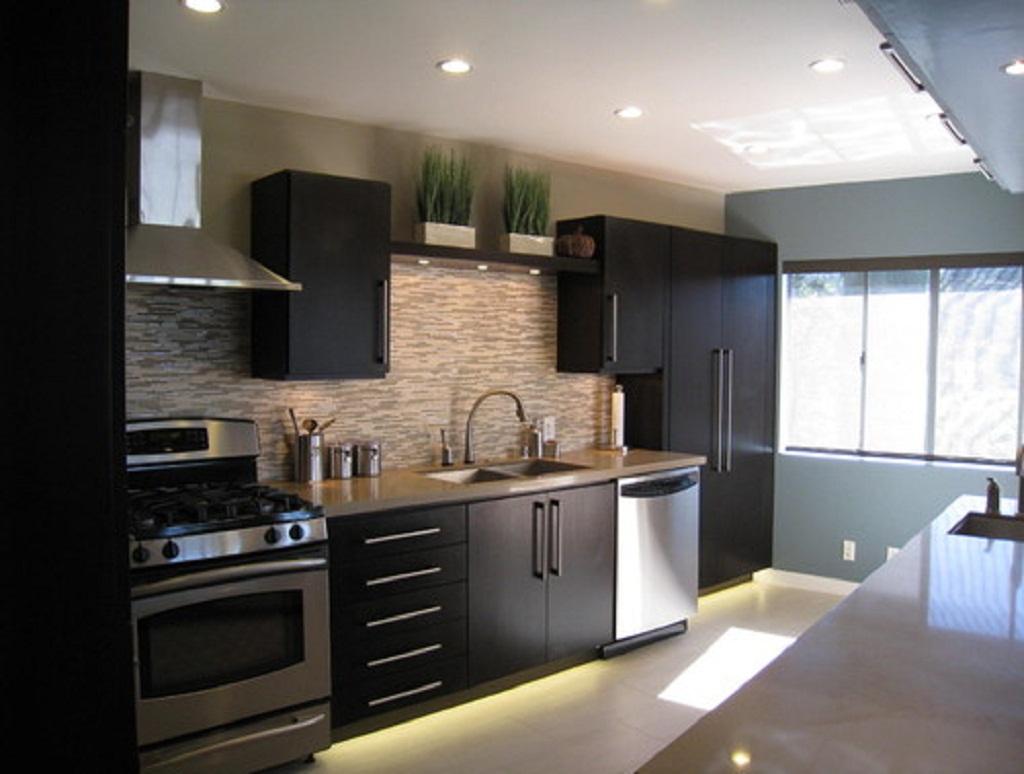 White Or Dark Kitchen Cabinets