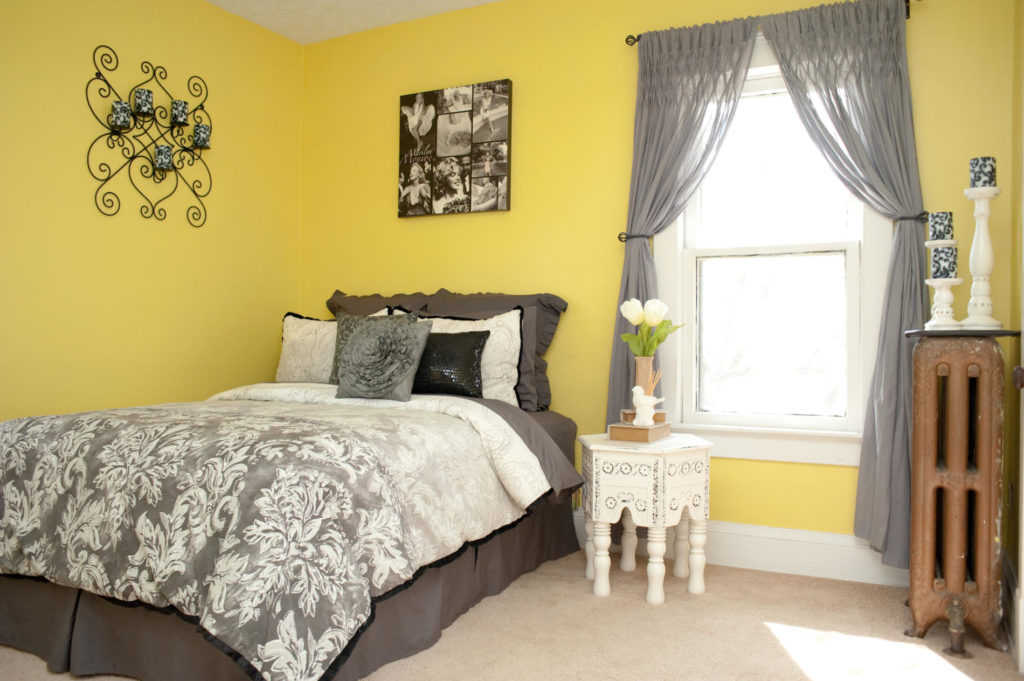 Yellow Grey And White Bedroom Ideas 1024x681